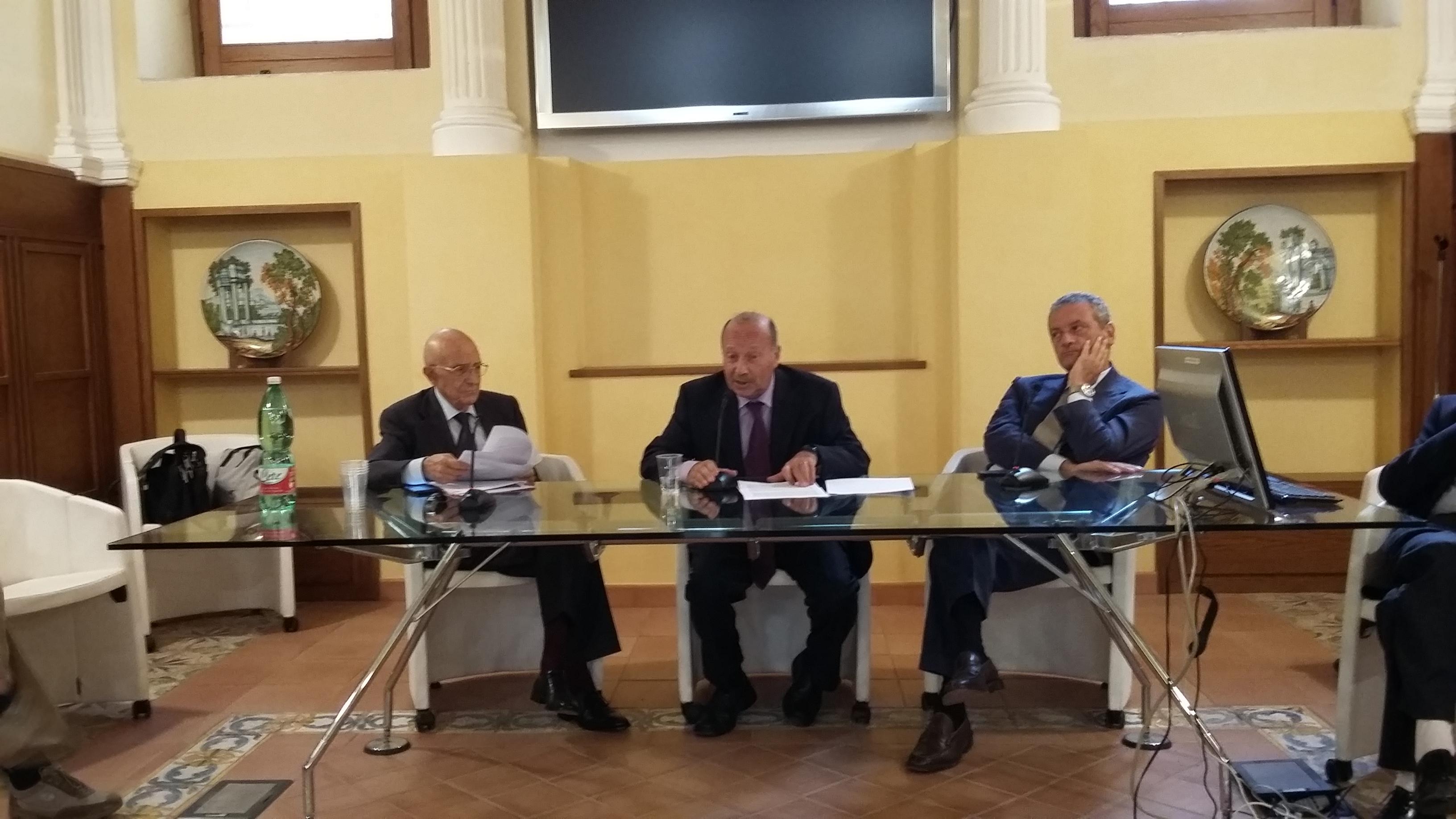 Sabino Cassese, Piero Bevilacqua e Costantino Capone